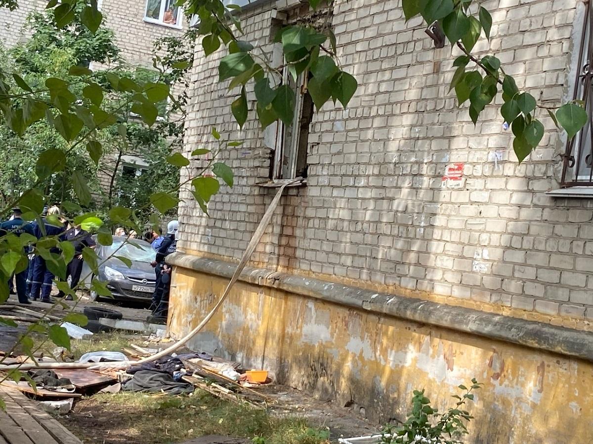 Появилось видео с места ЧП на улице Светлоярской