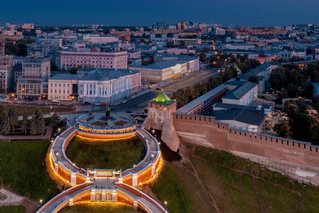 Чкаловская лестница открылась после реконструкции: смотрим, как живет главная достопримечательность Нижнего Новгорода