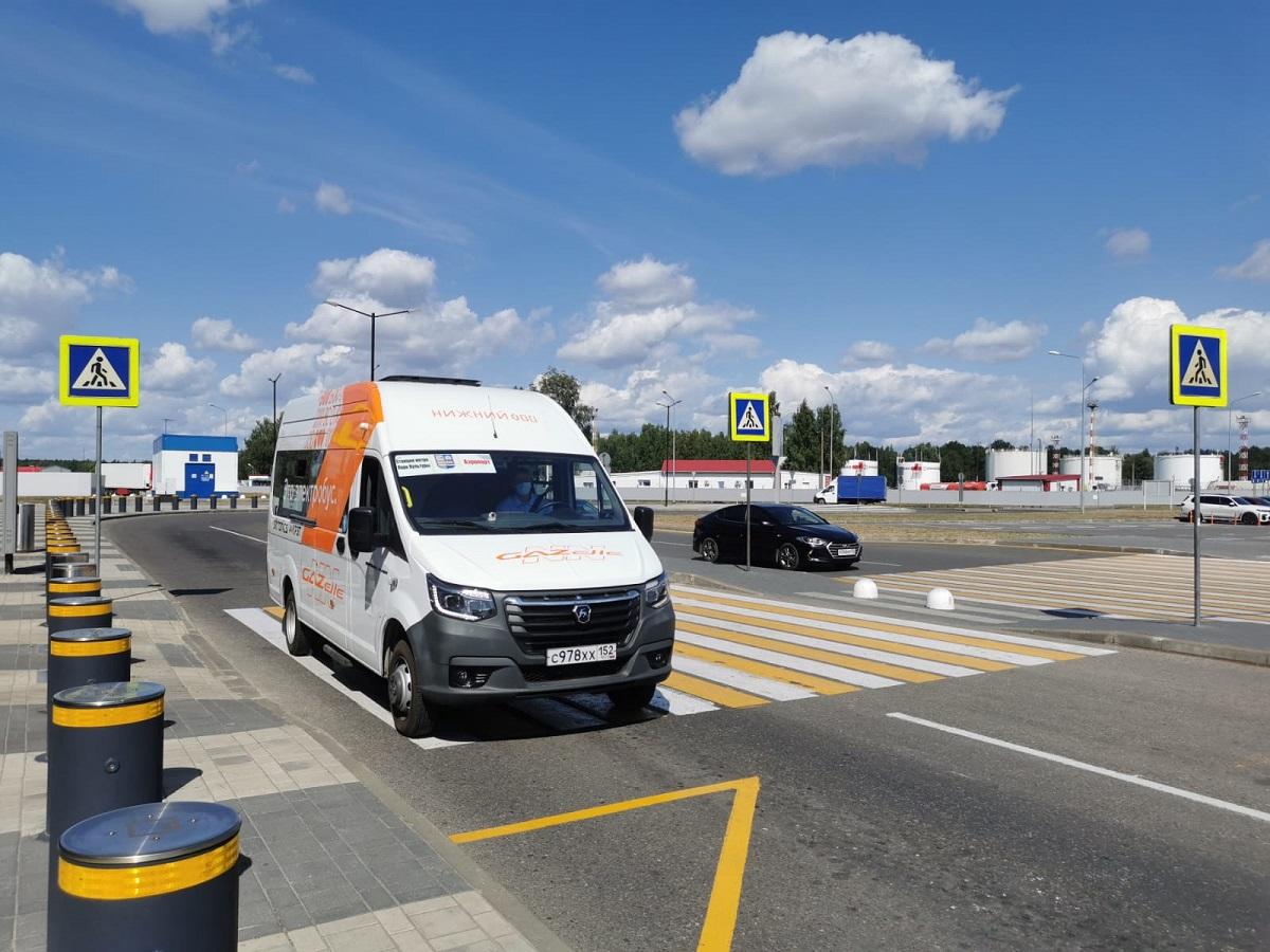 Все виды льготных проездных будут действовать намаршруте электробуса «Парк Культуры— Аэропорт» вНижнем Новгороде с28августа