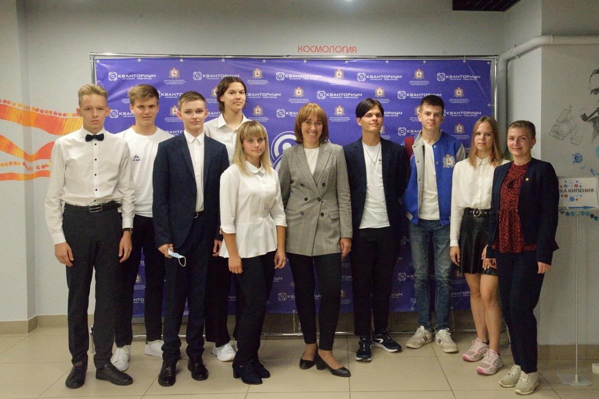 Нижегородские школьники пообщались онлайн сминистром просвещенияРФ