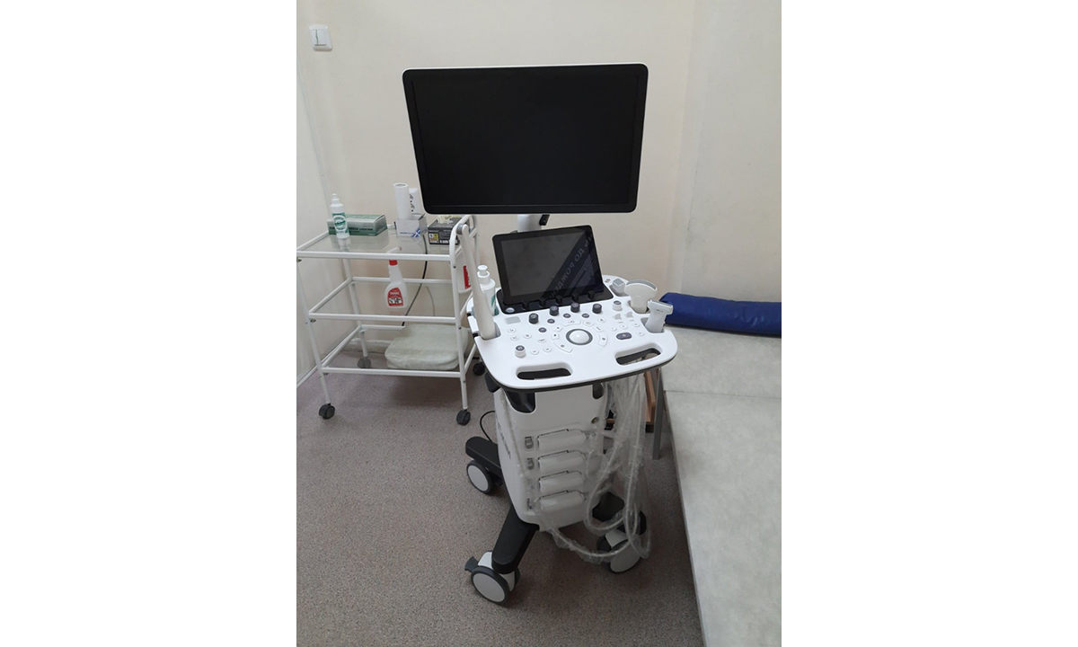 Медицинское оборудование и автомобили повышенной проходимости  поступили в Вачскую ЦРБ