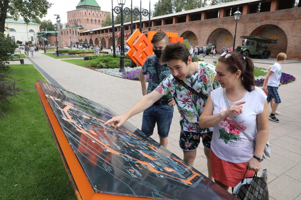 Стали известны цены на билеты на прогулки по кремлёвской стене и выставки в башнях