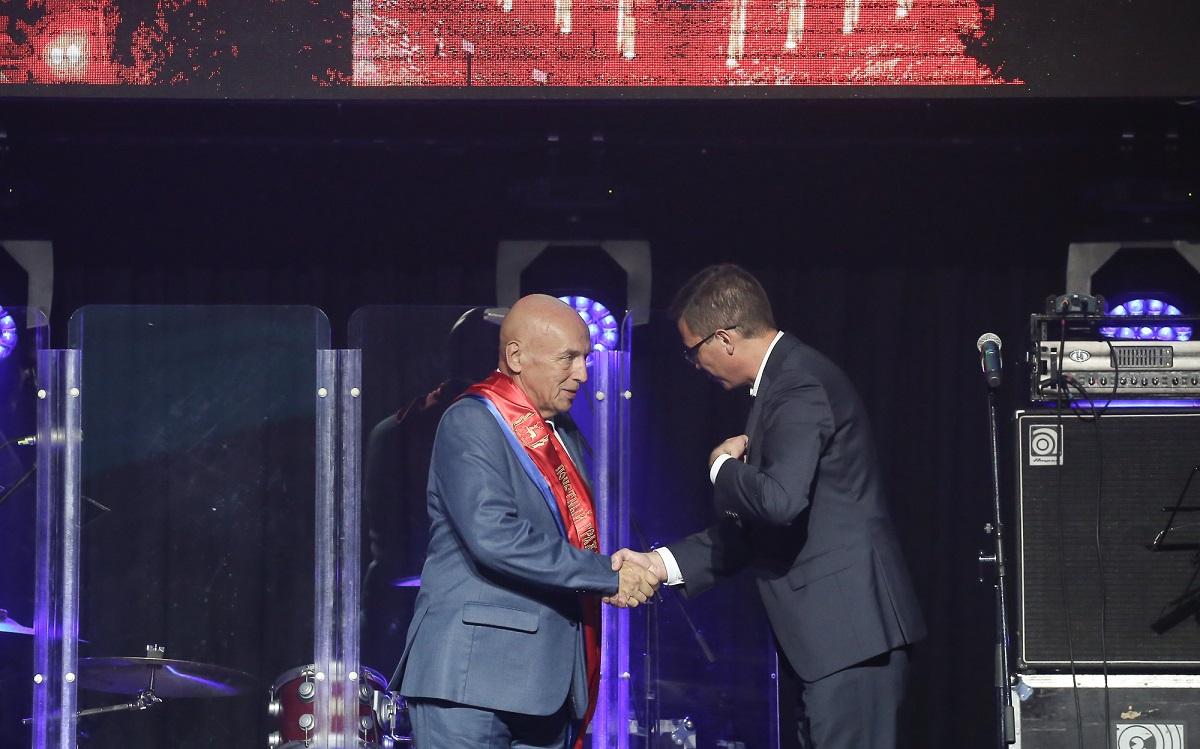 Шесть нижегородцев получили звание Почетный гражданин Нижнего Новгорода
