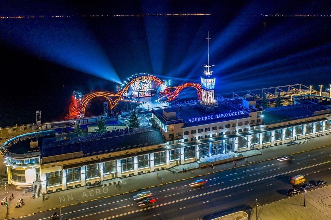 Регистрация наглавную площадку гала-шоу «Начало нового» наНижневолжской набережной открыта