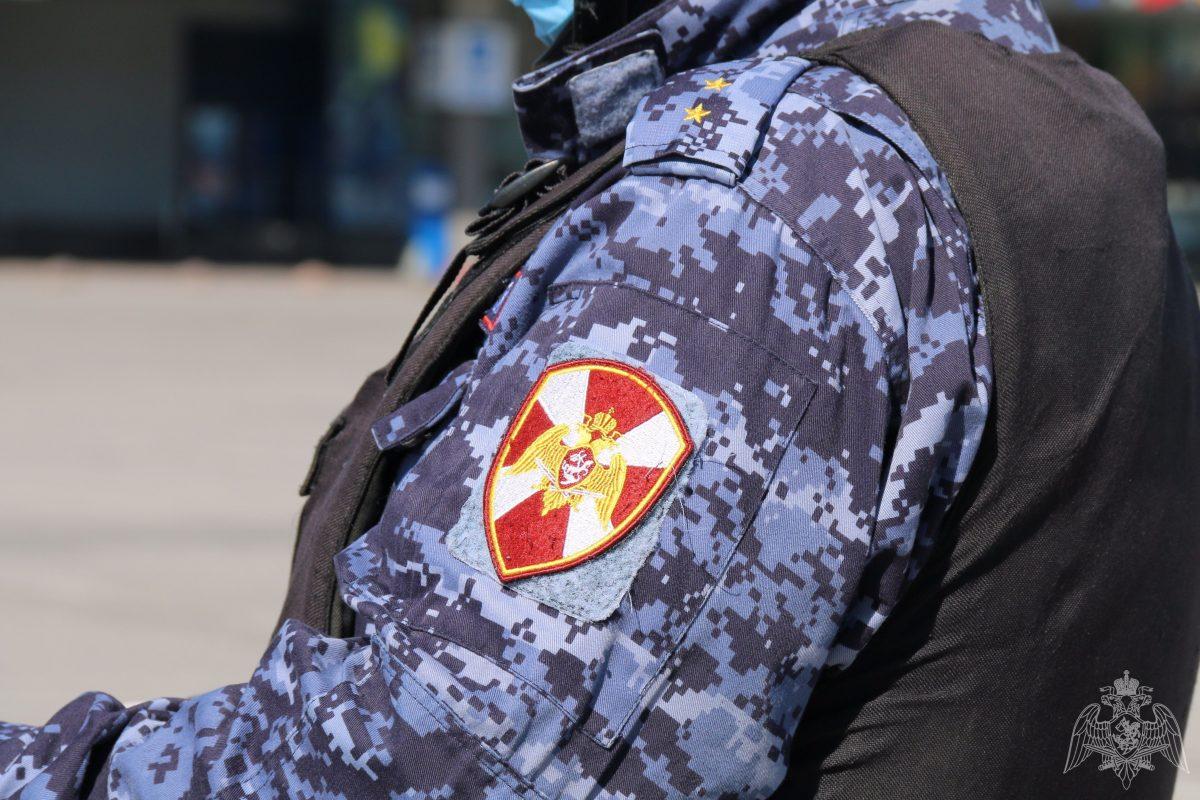 Гость из Сургута напал с ножом на работников отеля в Нижнем Новгороде