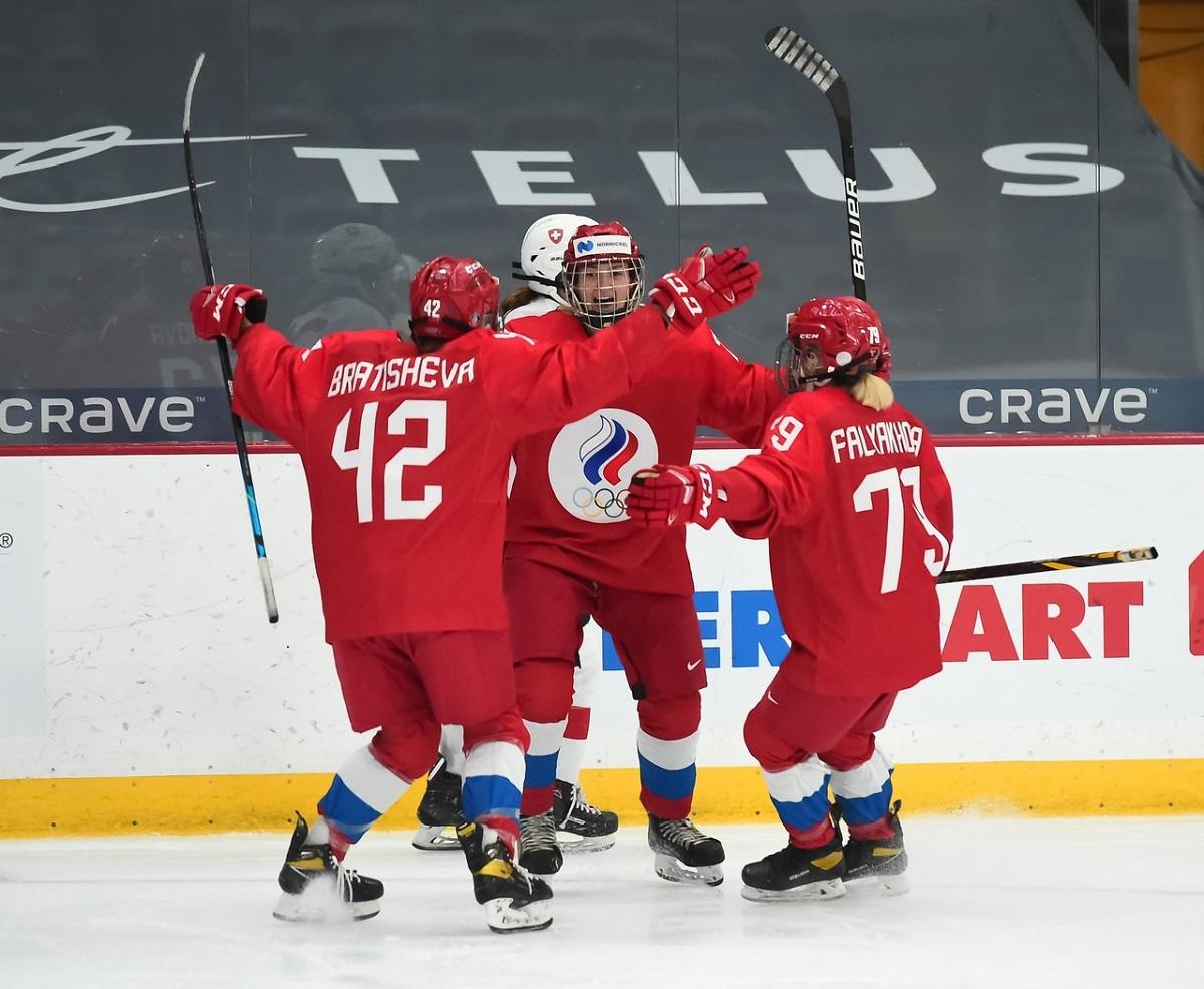 Сборная России с победы стартовала на женском чемпионате мира по хоккею