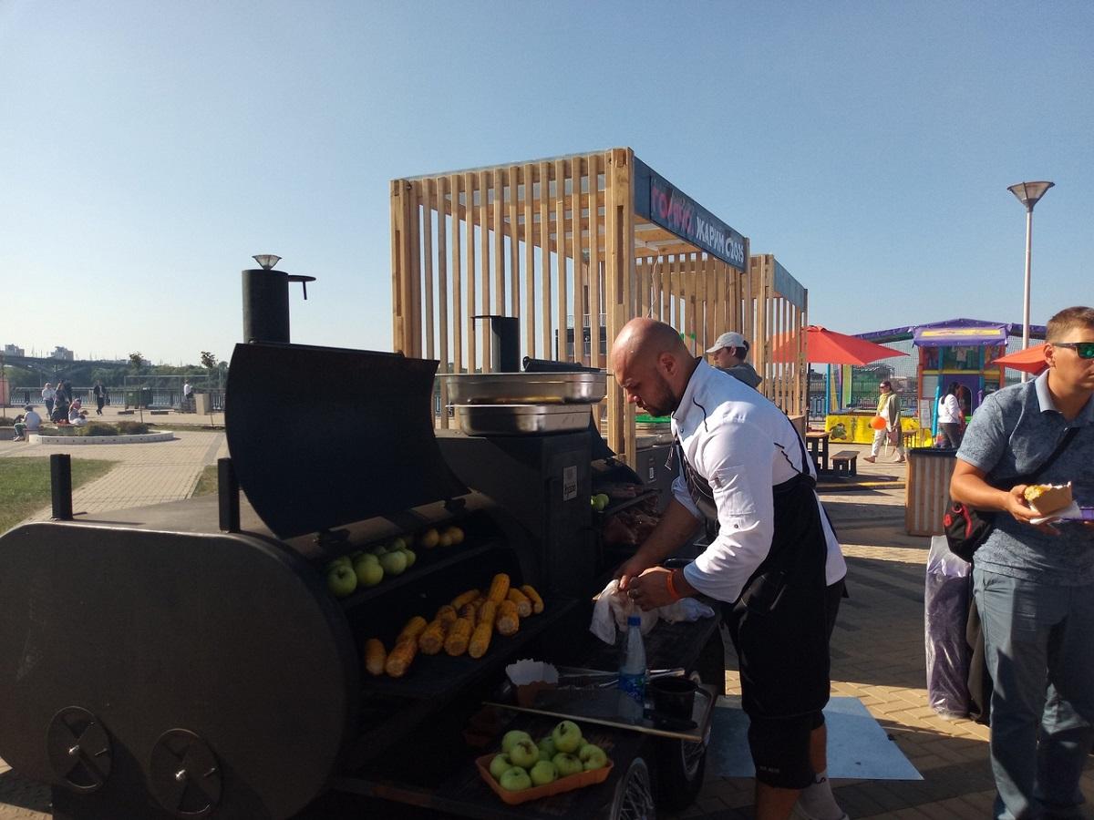 Праздник живота и суперкулинар Поволжья: смотрим, как в Нижнем Новгороде проходит фестиваль «Да, шеф!»