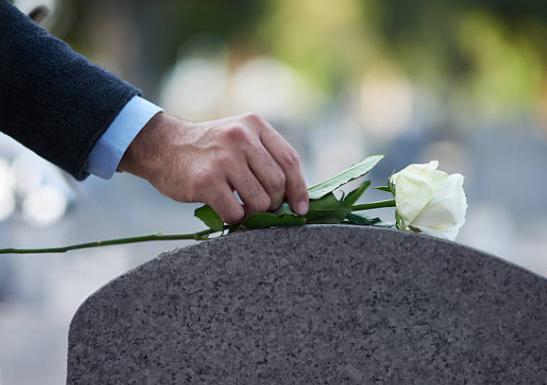 Как правильно сказать ребенку о смерти близкого человека