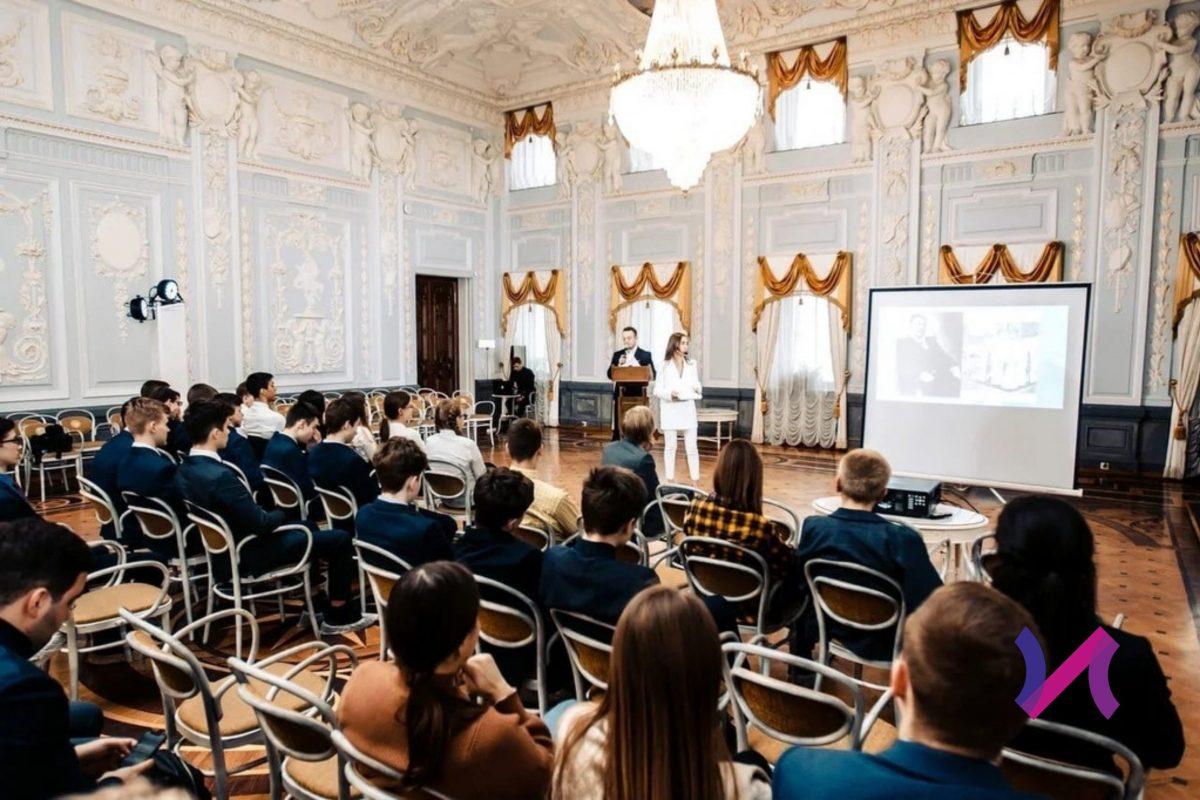 Нижегородцы расскажут об истории России в формате стендап-лекций