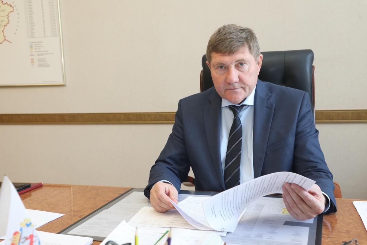 Николай Денисов: «Мы провели большую работу с депутатами Законодательного собрания над обновлением системы поддержки кадров»