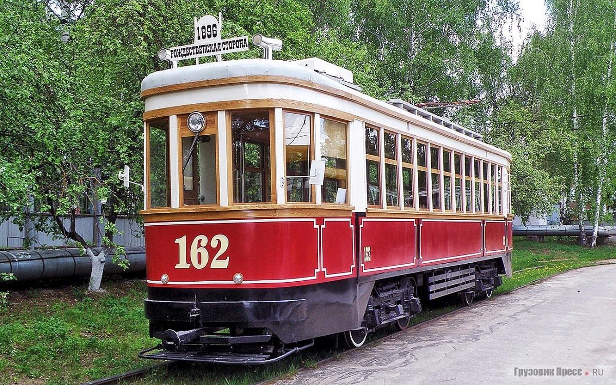 Советский вагон серии КМ запустят 21 и 22 августа по маршруту Скоба — Благовещенская площадь