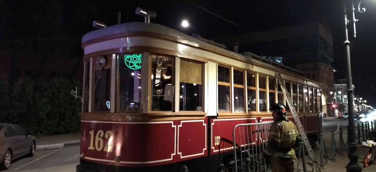 Ранее загоревшийся ретро-трамвай на Рождественской улице начнет курсировать с 24 августа