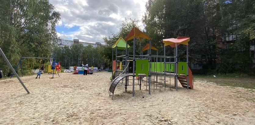 Две детские площадки обновили в Советском районе Нижнего Новгорода