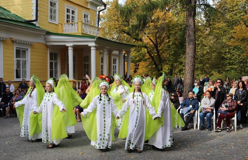 Вселе Большое Болдино состоится III Всероссийский фестиваль искусств «Над миром— Болдинская осень»