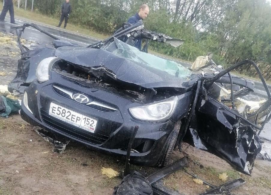 Два человека погибли в лобовом ДТП в Вознесенском районе