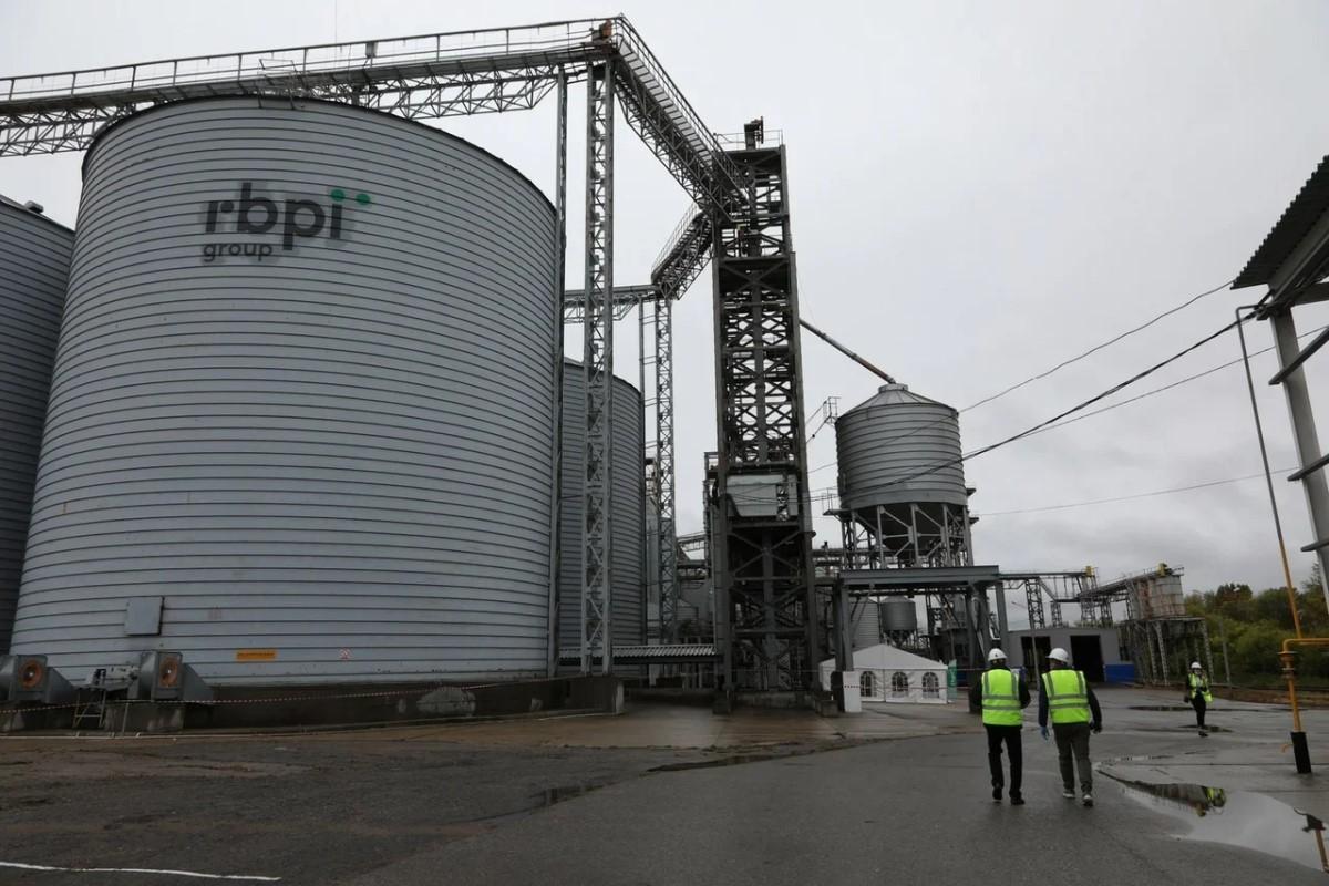 Элеватор на130 тысяч тонн зерна начал работу вПеревозе Нижегородской области