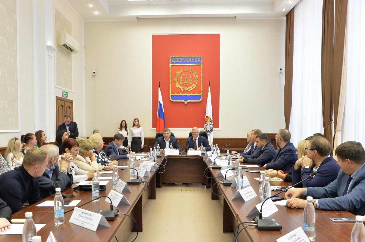 Евгений Люлин: «Дзержинск с гордостью будет носить почетное звание «Город трудовой доблести» – это наша общая победа»
