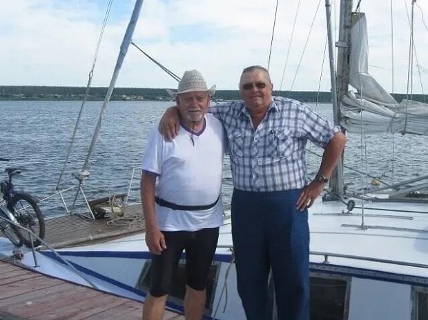 «Мартин» для дальних путешествий: 74-летний нижегородец странствует на яхте и в доме на колёсах