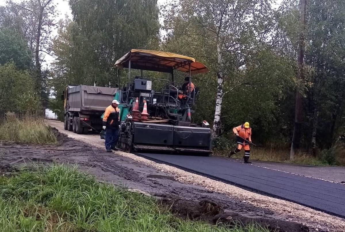 Строительство дороги на улице Центральной в поселке Чибирь Краснобаковского района завершилось