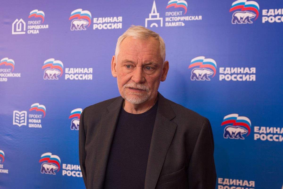 Вадим Булавинов: «Это та поддержка, которую теперь предстоит оправдывать своей законотворческой деятельностью и работой в округе»
