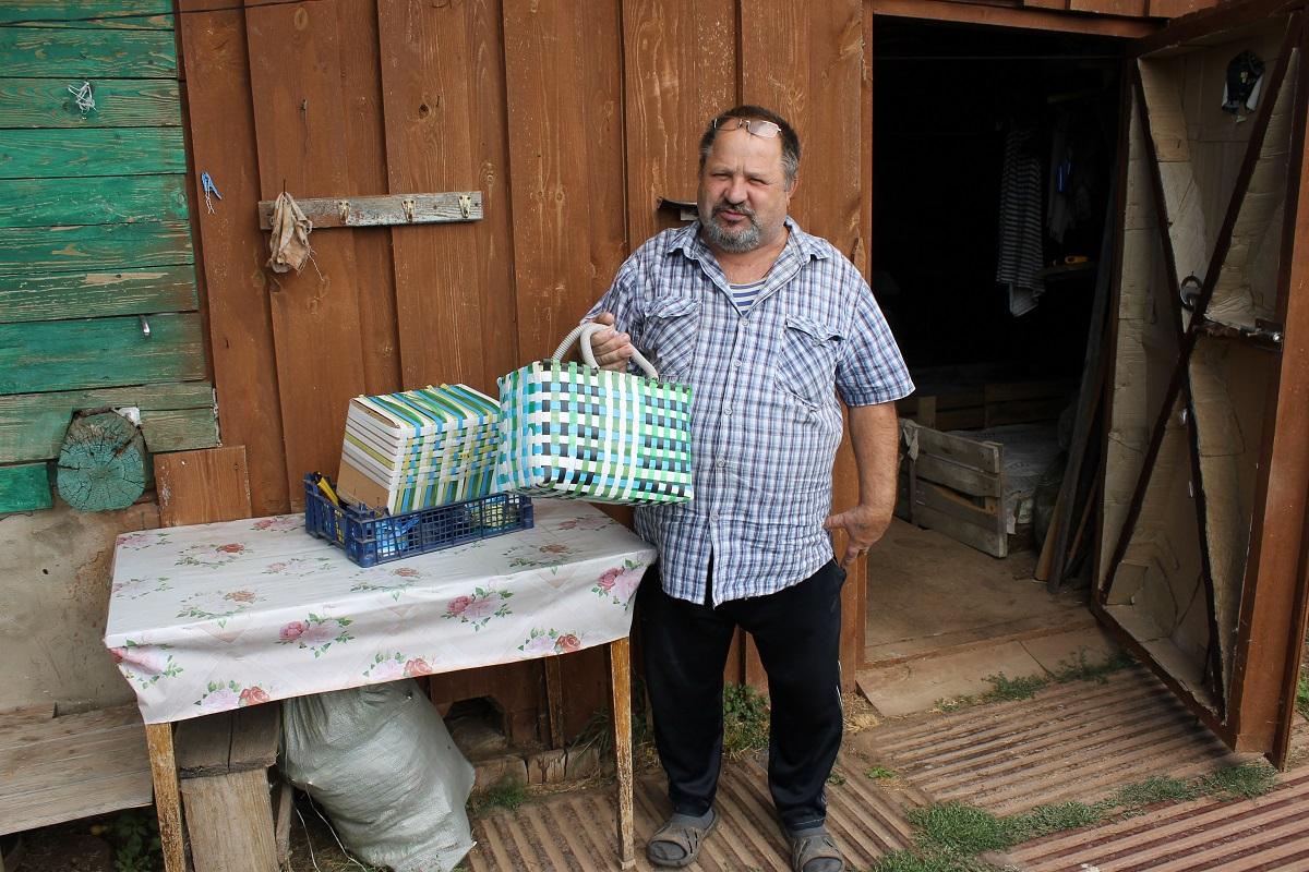 Вязание – мужское призвание: 60-летний нижегородец во время пандемии взялся за рукоделие