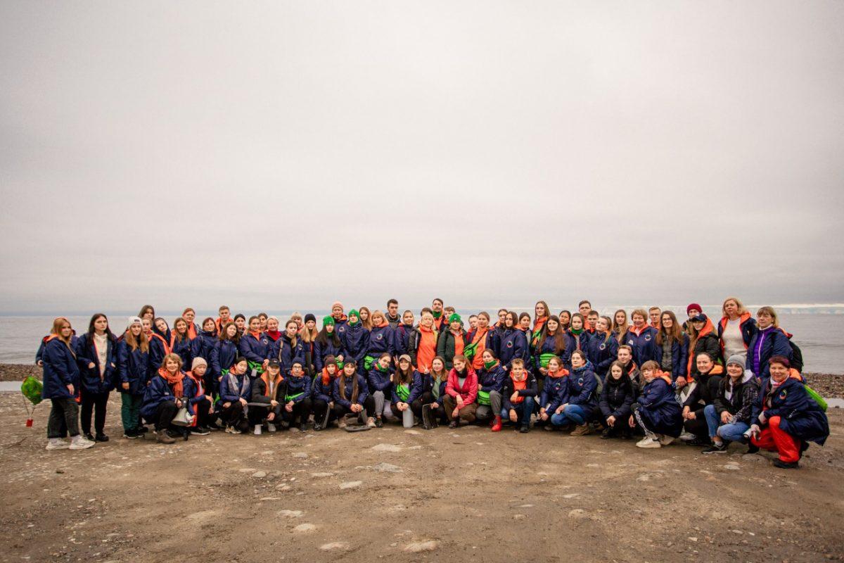 Дзержинские школьники посетили Байкал