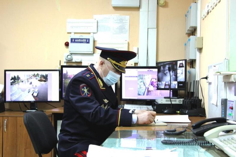 Начальник регионального управления МВД проверил работу полицейских в двух районах Нижегородской области