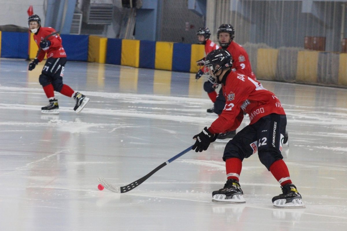 Хоккеисты нижегородского «Старта» с крупным счётом проиграли в двух контрольных матчах
