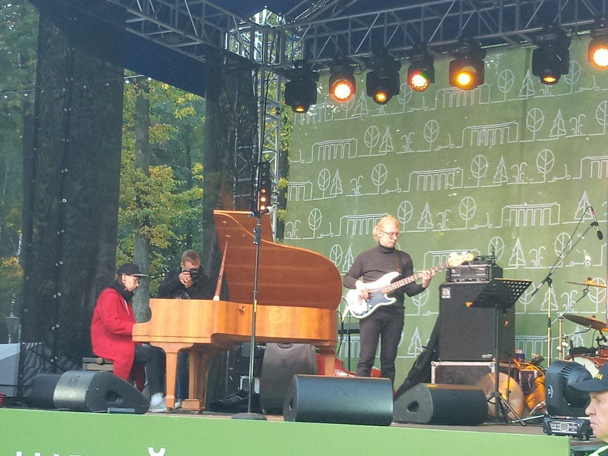 Джазовый фестиваль открылся в парке «Швейцария»