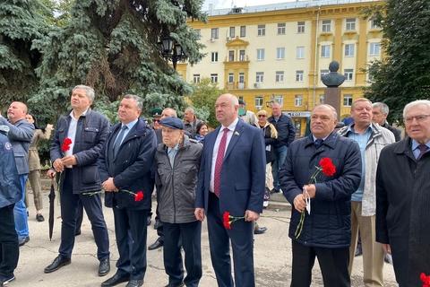 Мемориальная доска Герою Советского Союза Константину Ракутину открылась в Нижнем Новгороде
