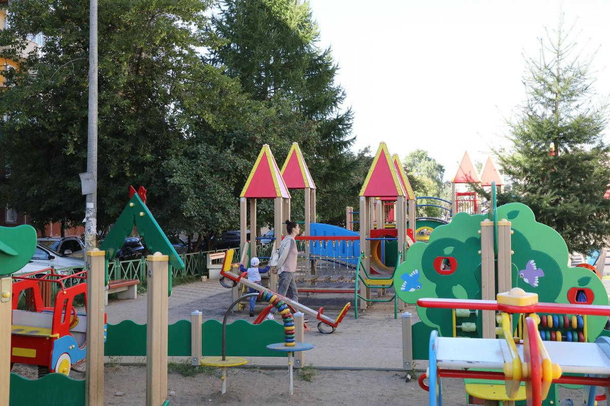 12 новых детских площадок установят в Нижегородском районе этой осенью