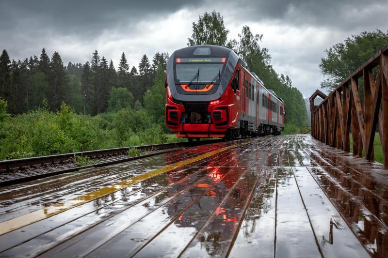 Курсирование дополнительных пригородных поездов Нижний Новгород – Моховые Горы продлено до конца октября 2021 года