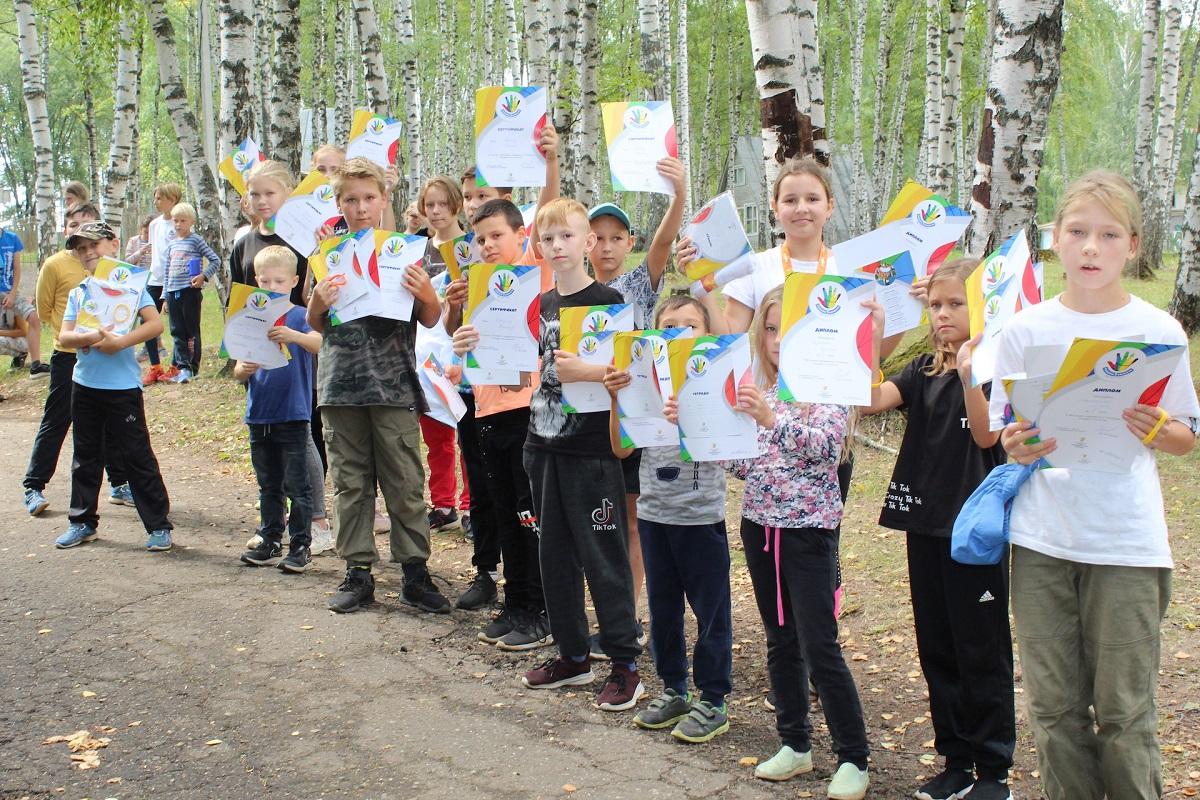 Более 700 детей из летних загородных лагерей стали участниками  социального проекта «Рыцари пяти качеств»
