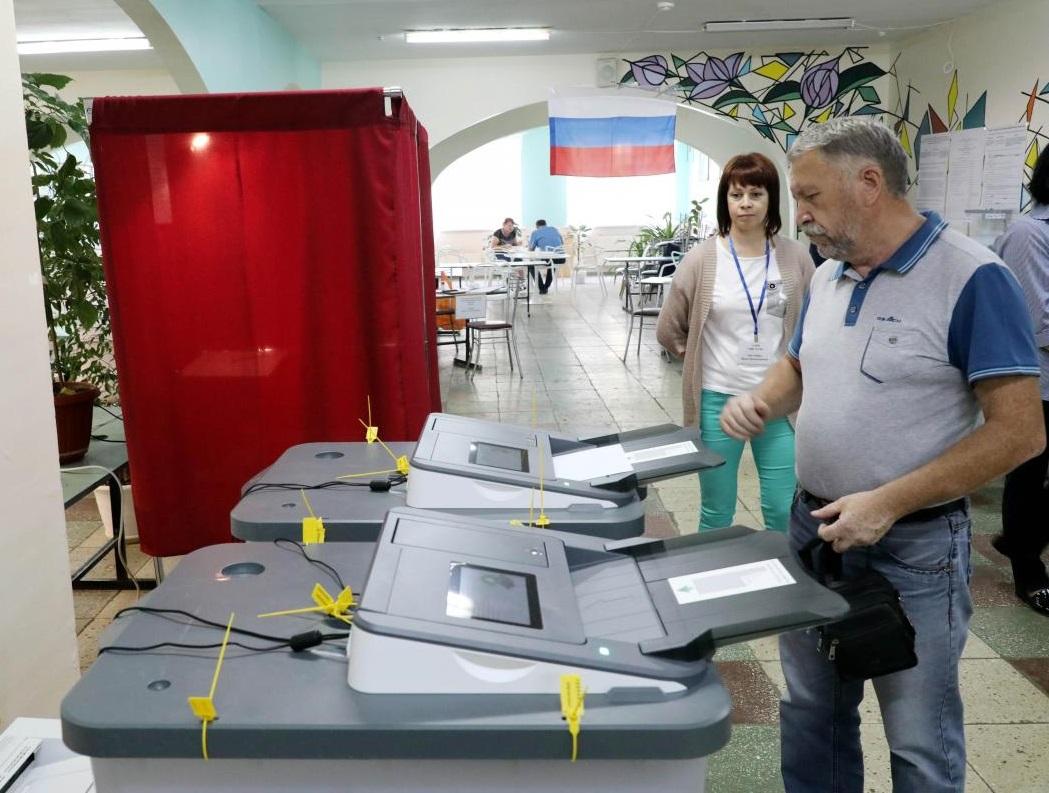 Областной избирком провел обучающий семинар о применении технических средств на выборах