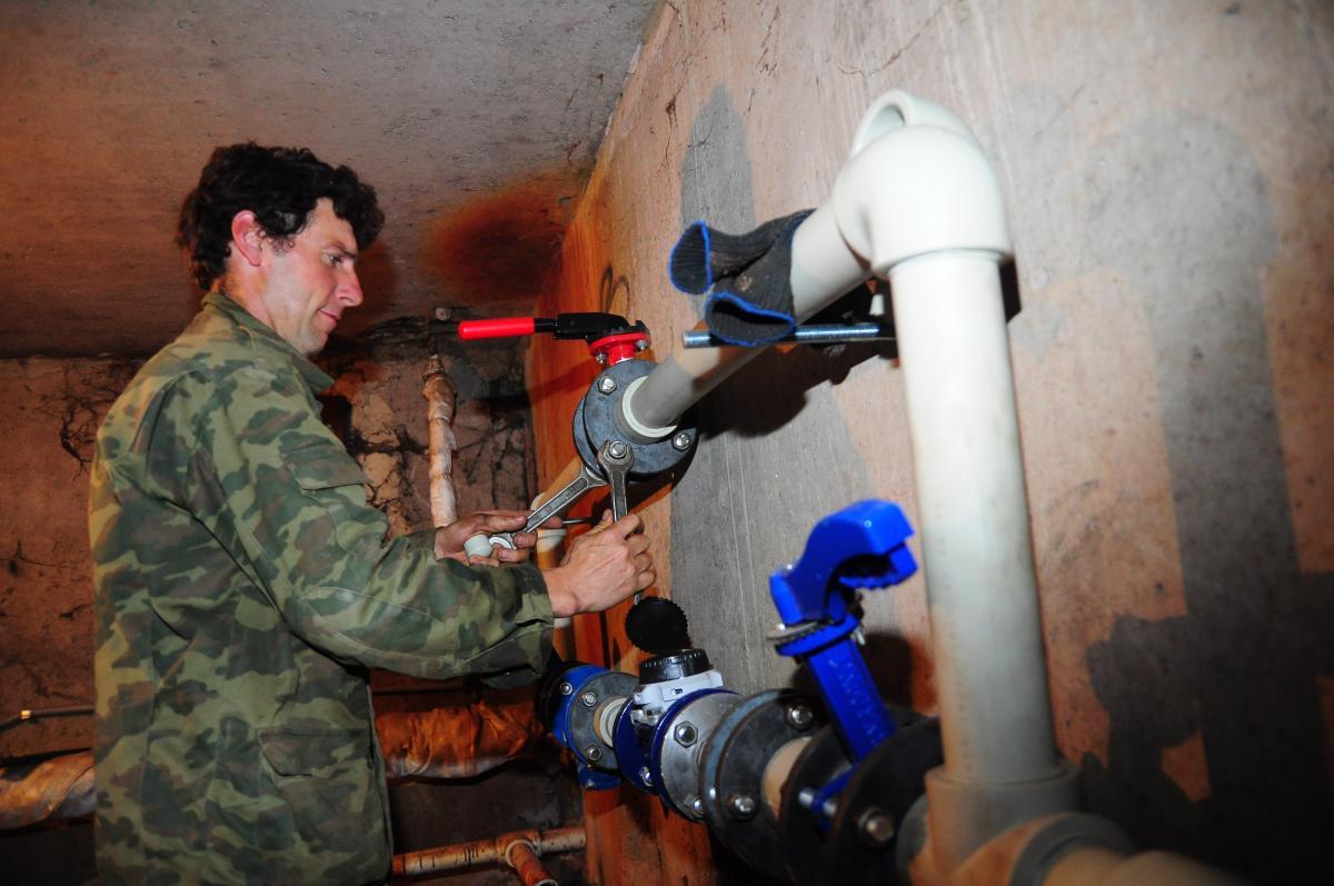 В пяти домах Нижнего Новгорода временно отключат электроэнергию и горячую воду 21 сентября