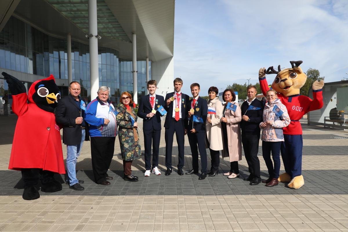 Медали паралимпиады и награды от президента России: дзержинские атлеты делятся впечатлениями и планами на будущее
