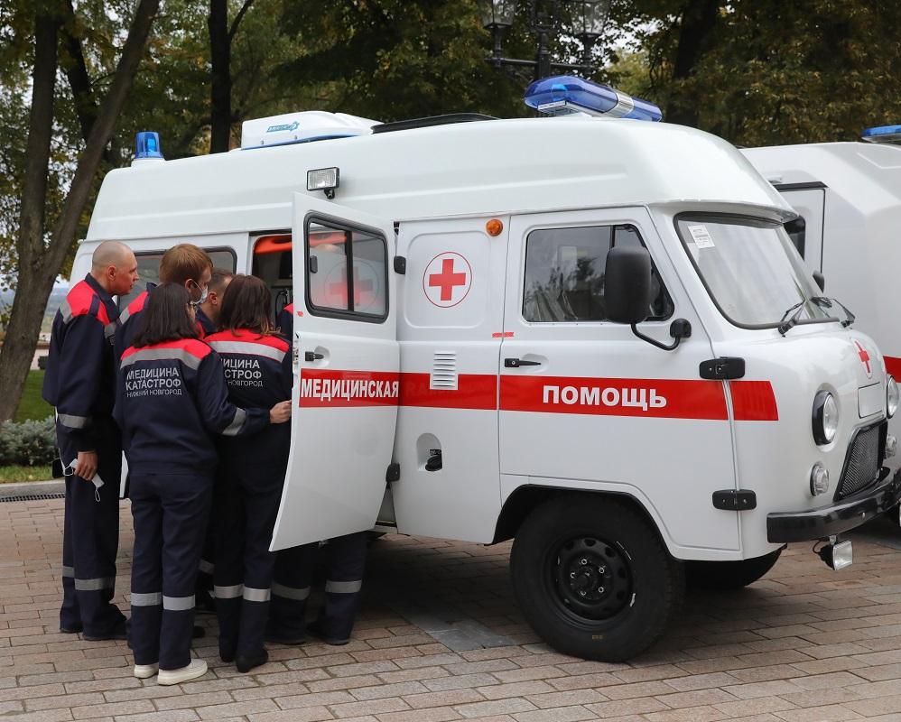 Машинист бульдозера погиб во время погрузки материалов в Лыскове