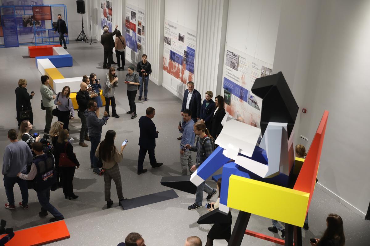Кинотеатр, фотовыставка изона коворкинга: Центр культуры «Рекорд» открылся после реставрации