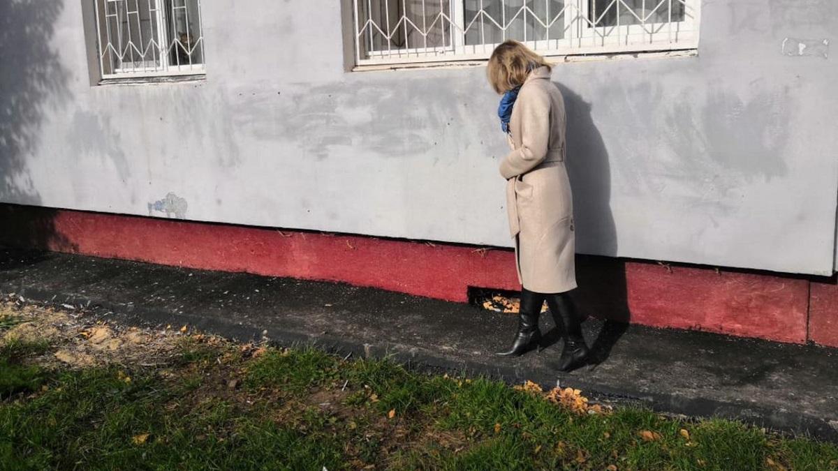 Попредписанию Госжилинспекции наулице Веденяпина отремонтировали отмостку вокруг многоквартирного дома