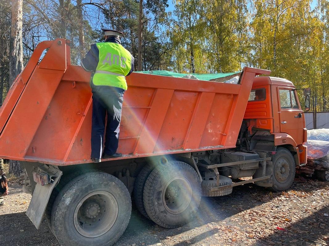 Рейды по выявлению незаконной транспортировке мусора прошли в Дзержинске