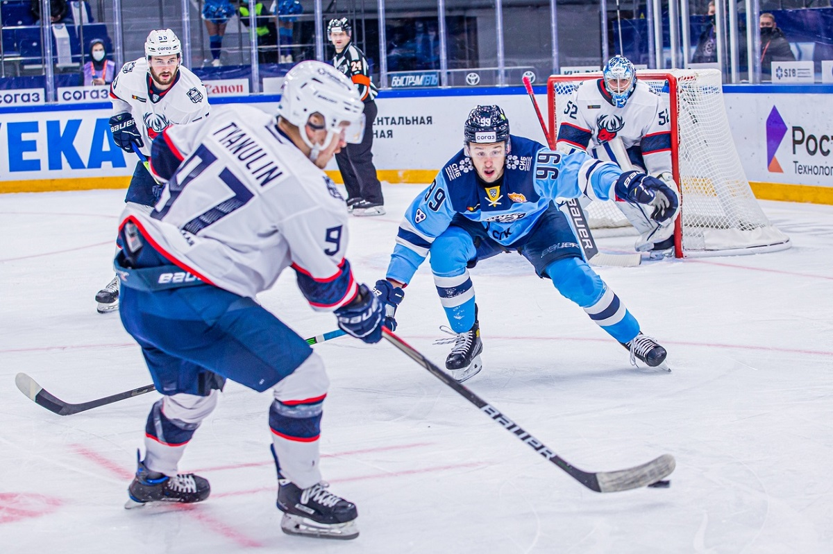 Сезон КХЛ в разгаре: разбираемся в причинах успехов и неудач хоккеистов «Торпедо»
