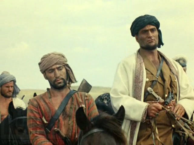 Кровавое солнце пустыни: кто и зачем решил реабилитировать басмачей?