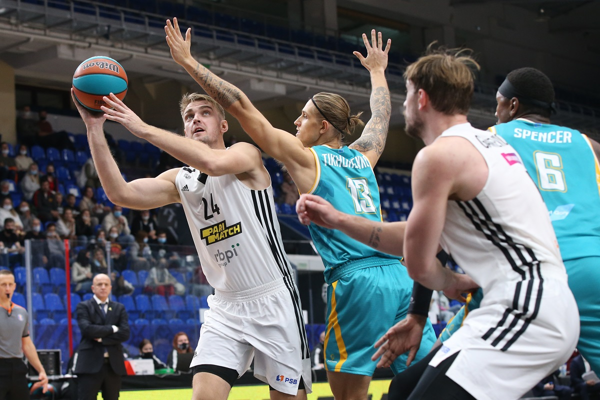 Баскетбольный клуб «Нижний Новгород» одержал волевую победу над «Астаной»