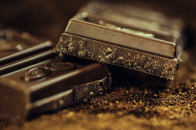 На кондитерской фабрике в Самаре открыли обновленную линию по переработке какао-бобов
