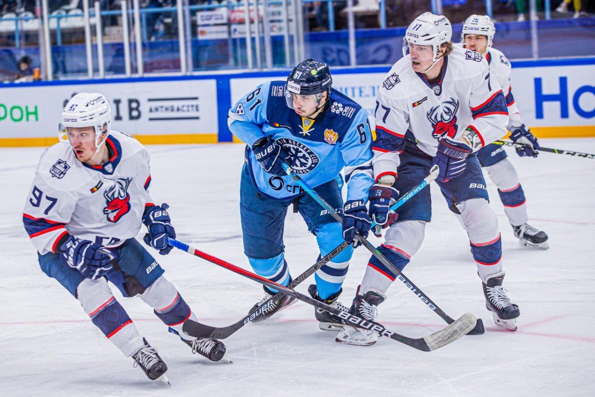 Нижегородское «Торпедо» в Новосибирске одержало победу с «сухим» счётом