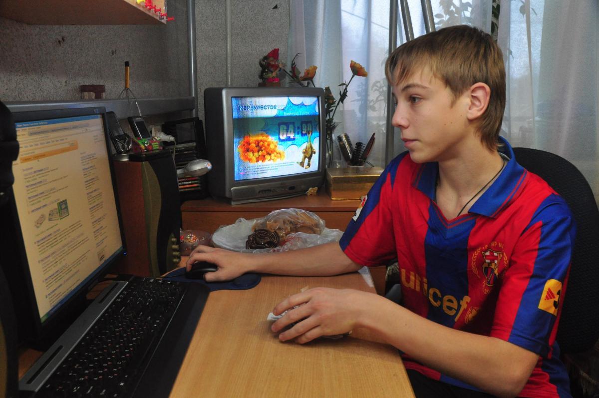 Образовательные учреждения в Нижегородской области начали переходить на дистанционку