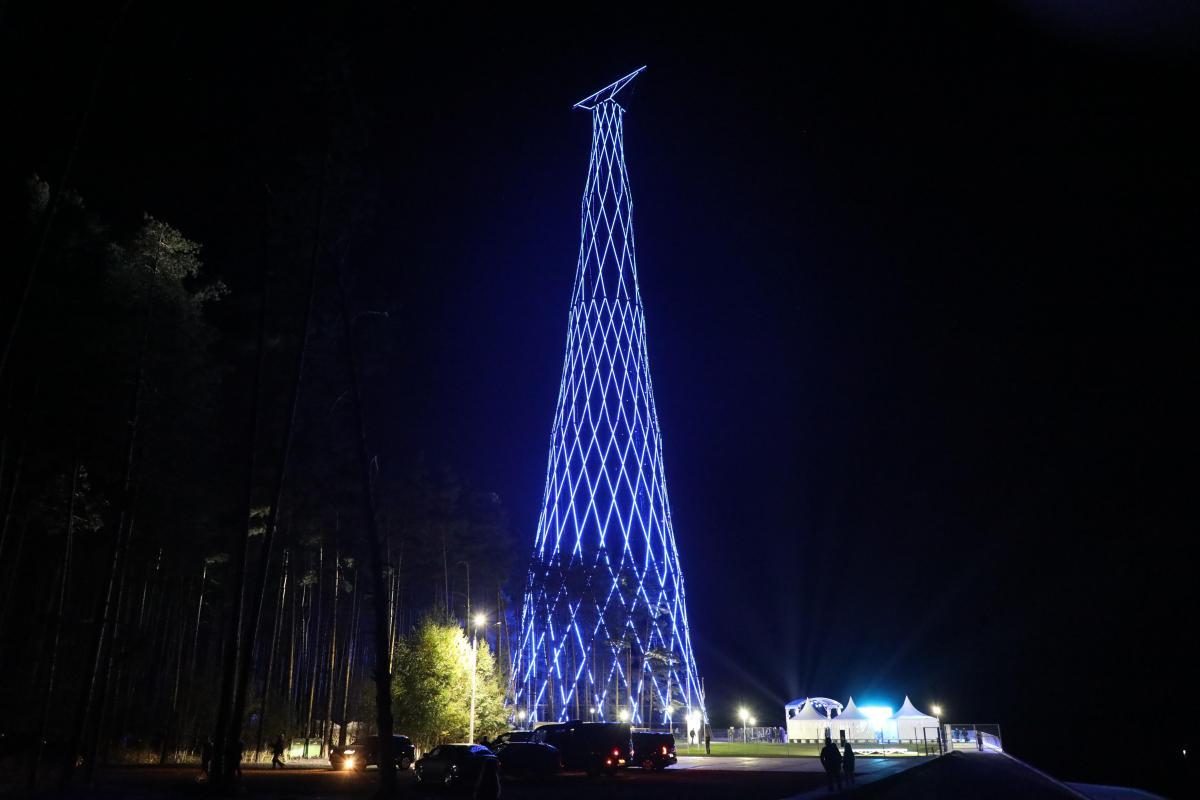 Работу подсветки Шуховской башни в Дзержинске продлили до полуночи