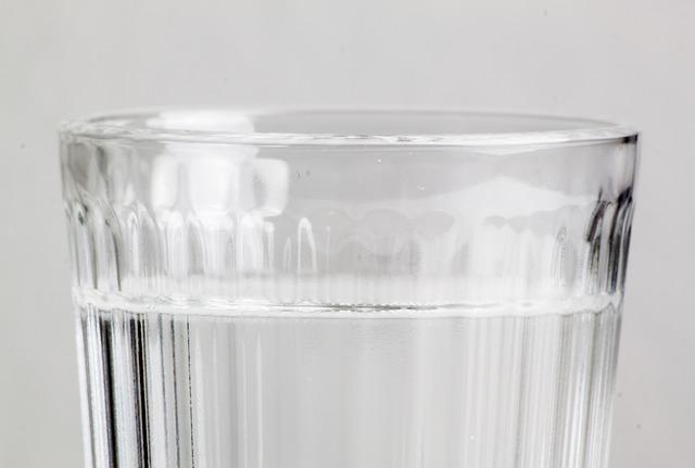 Опасную для здоровья воду обнаружили в скважине в Павлове